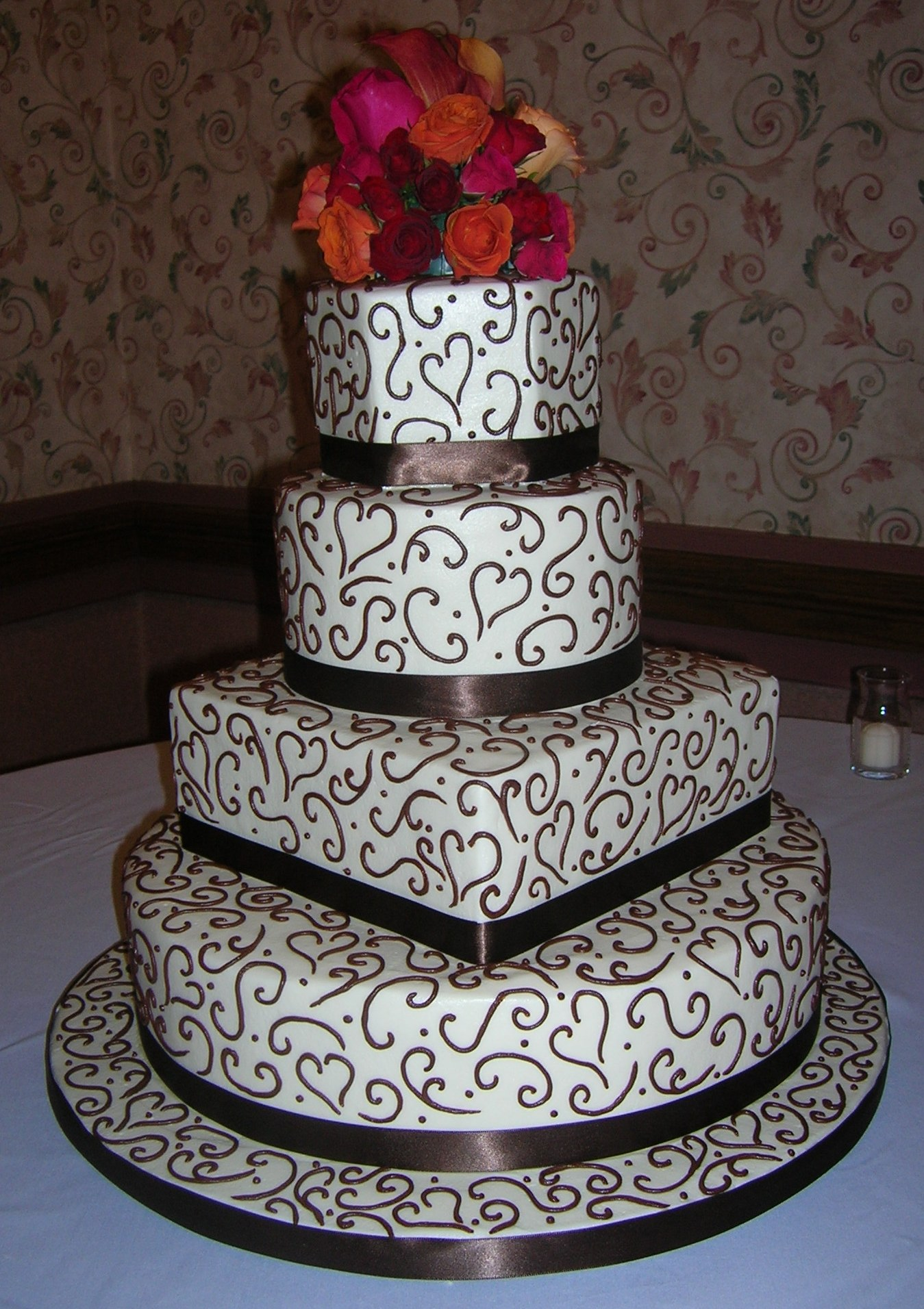 Shape Combination Cake 14
